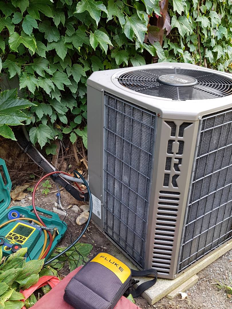 Newmarket, ON - York Air conditioner service.