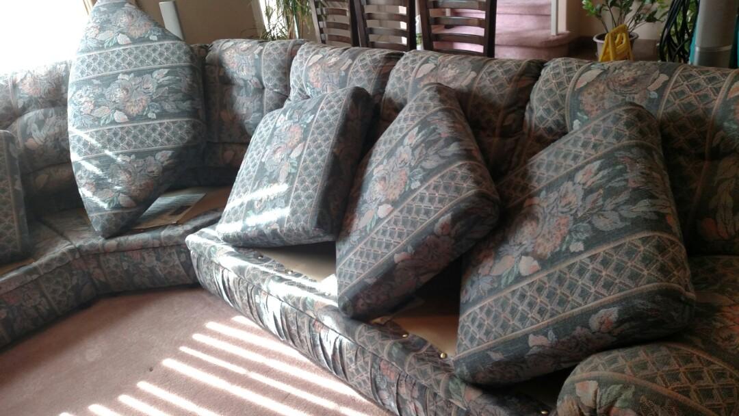Gilbert, AZ - Cleaned carpet, upholstery & tile and grout for new PANDA family in Gilbert, AZ 85233