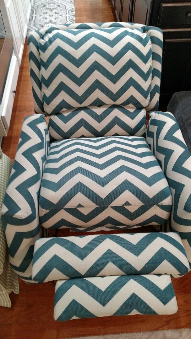 Gilbert, AZ - Cleaned carpet & upholstery for a regular PANDA family in Gilbert, AZ 85295.