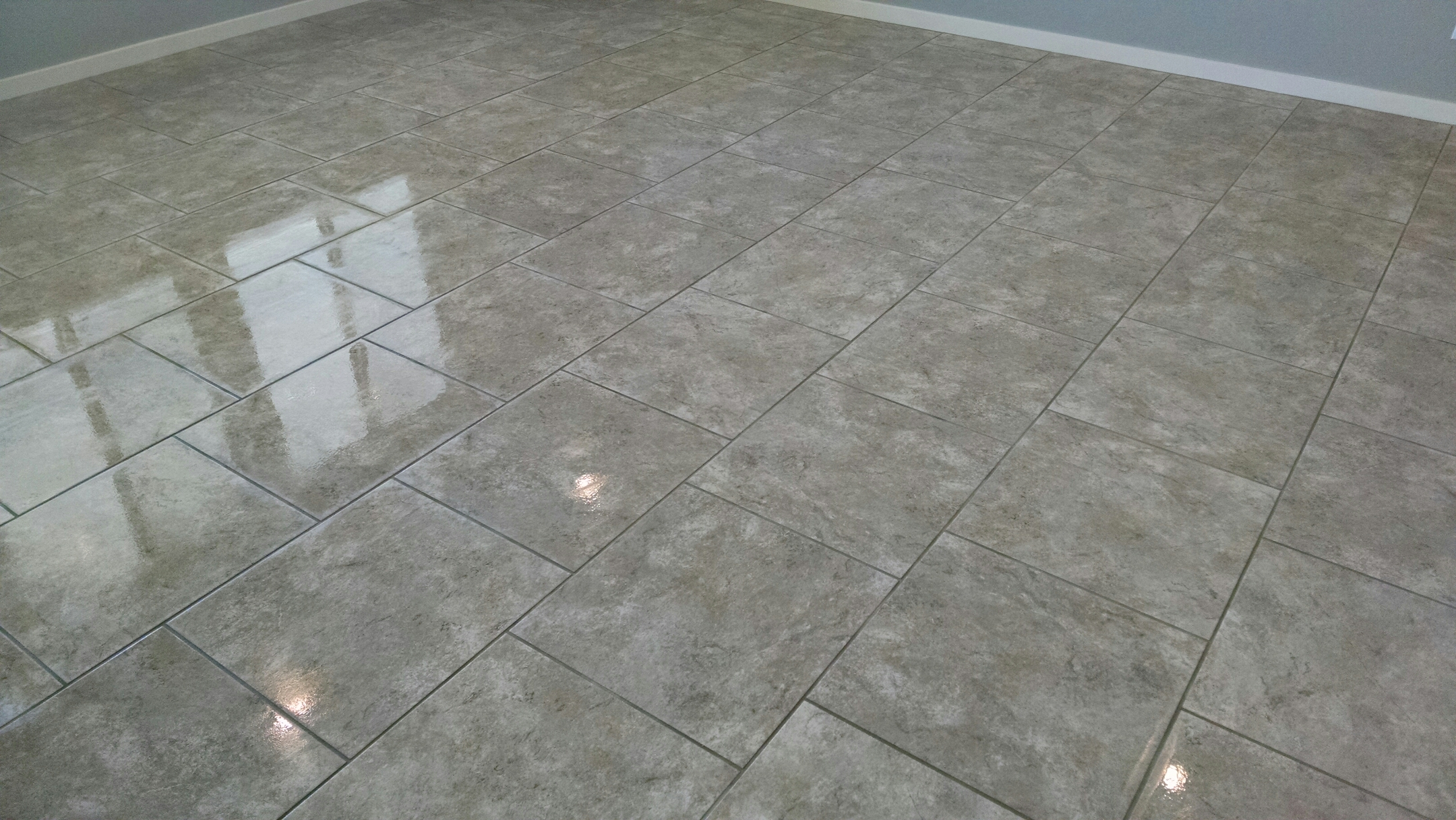 Mesa, AZ - Completed cleaning tile and grout for a new PANDA family in Lehi Crossing, Mesa, AZ 85213.