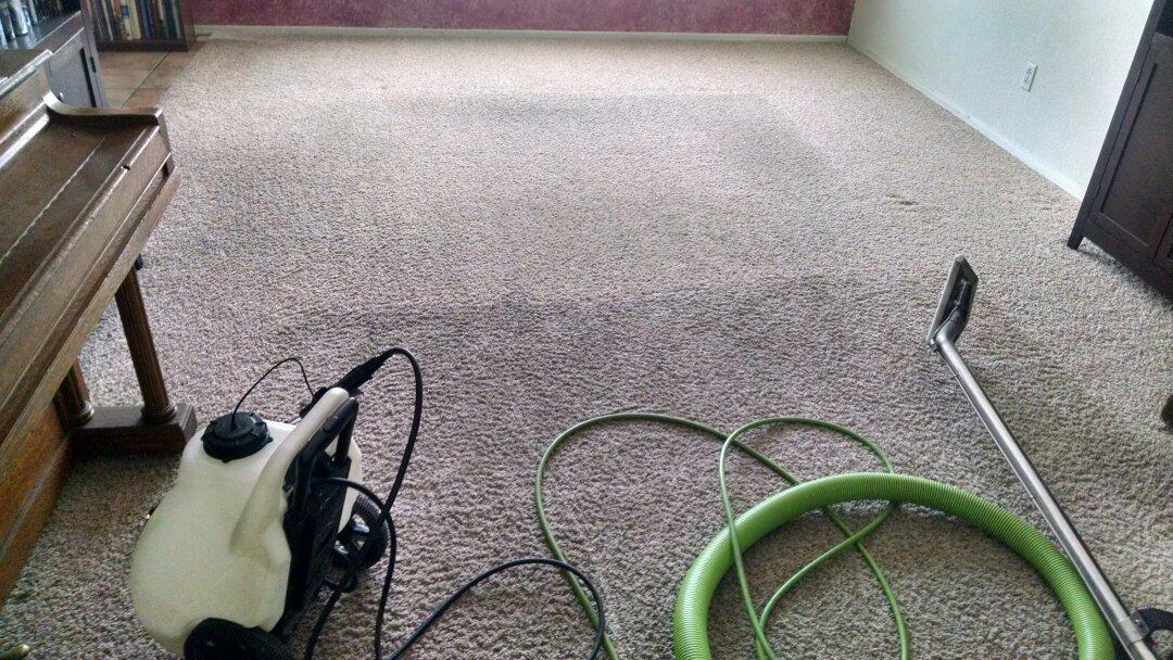 Gilbert, AZ - Cleaned very soiled carpet for a new PANDA family in Gilbert AZ 85233.