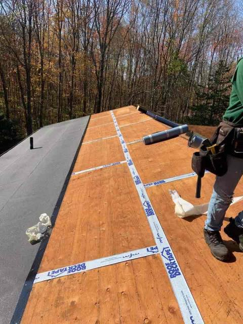 Lebanon, CT - Roof replacement in Lebanon, CT