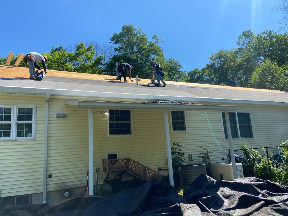 Lebanon, CT - Roof replacement