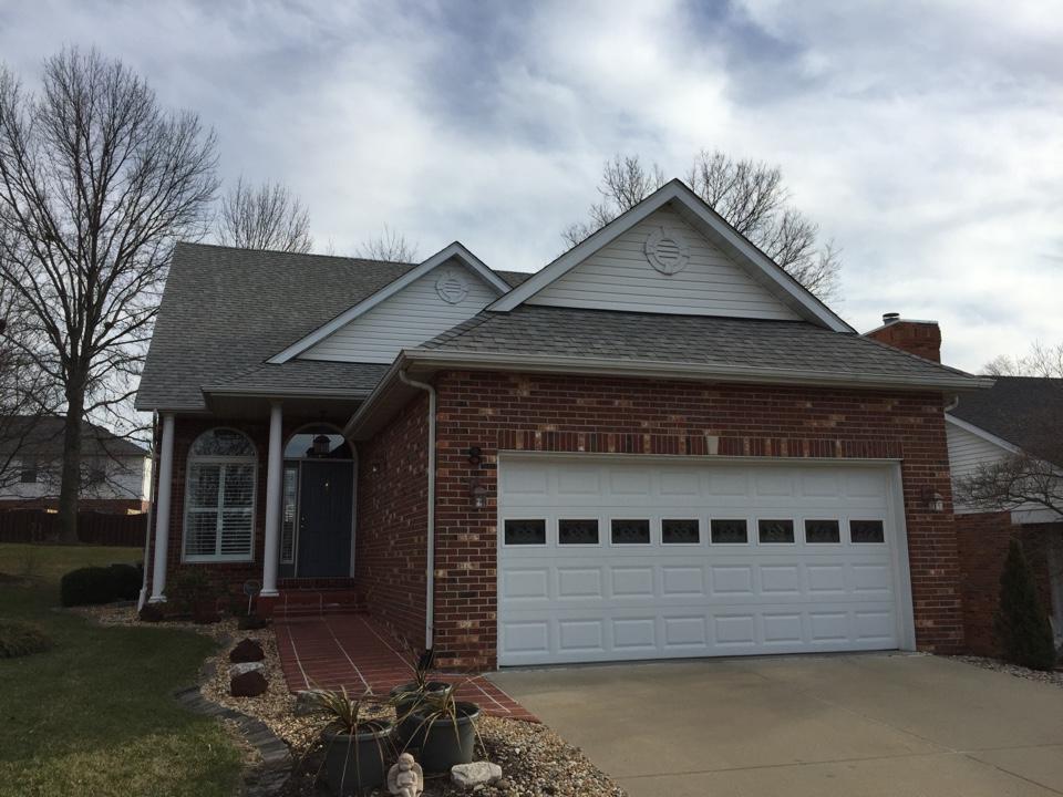 Edwardsville, IL - CertainTeed Landmark Cobblestone Gray