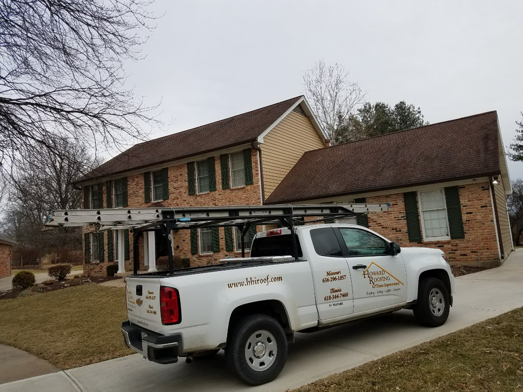 St. Louis, MO - Working up estimate on hail damaged roof
