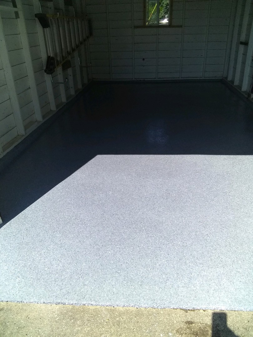 Celina, OH - Epoxy flake garage floor