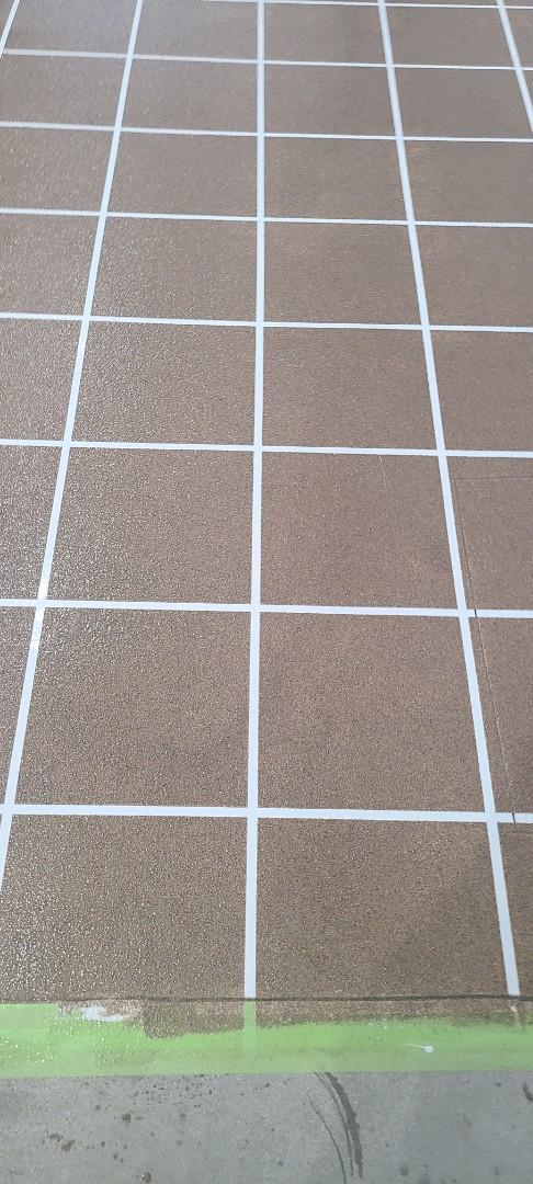 Van Wert, OH - Graniflex tile coating being put down on concrete near Van Wert Ohio