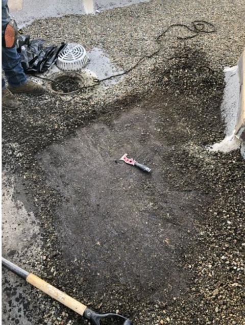 Oakland, CA - Our team patched up a leak with a three course of one layer of mastic, a mesh reinforcement, followed by more mastic.