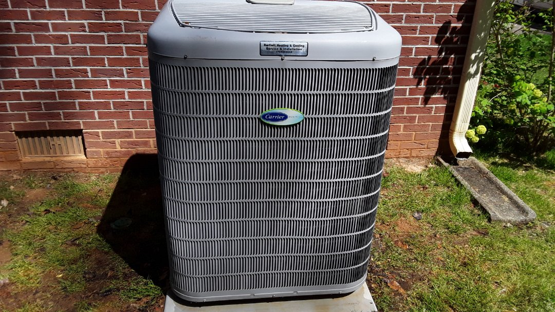 Powder Springs, GA - Performed AC Maintenance on a Carrier condensing unit. Powder Springs