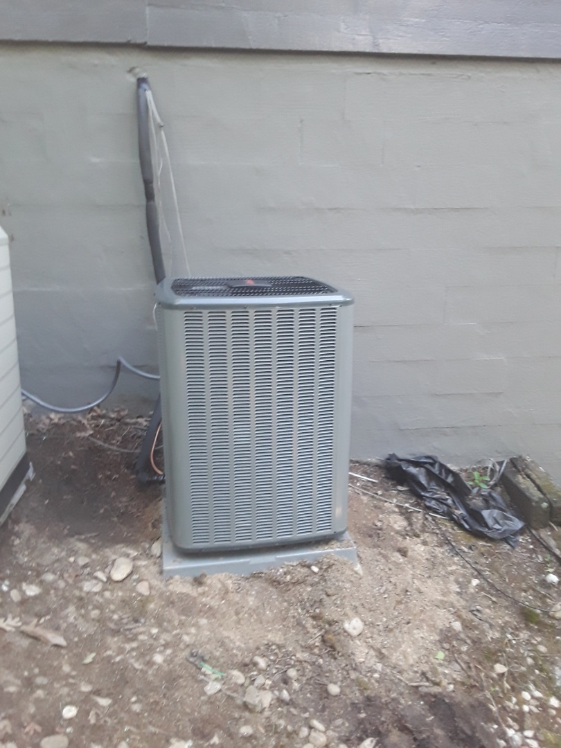 Roswell, GA - Installed new Amana 16 seer condensor with new Amana 2 stage gas furnace