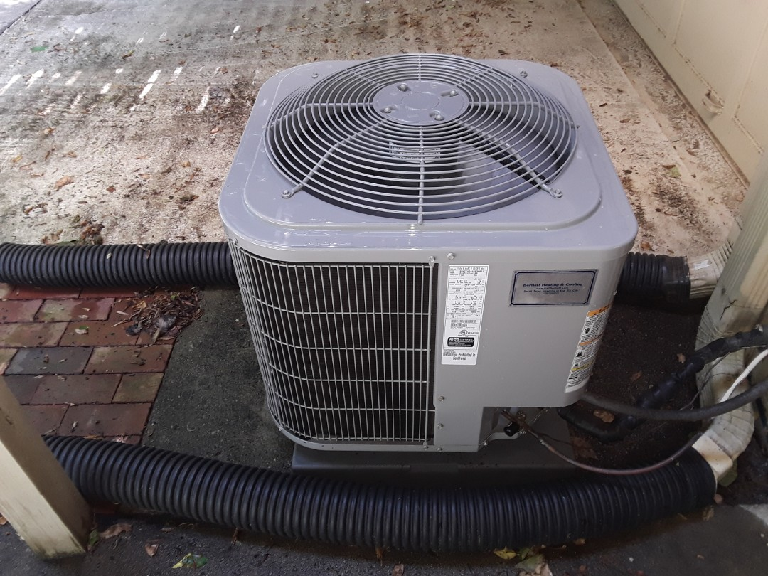 Powder Springs, GA - Performed AC Maintenance on a Carrier condensing unit.  Marietta