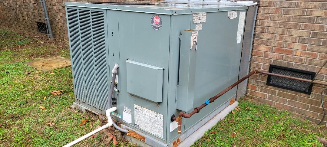 Marietta, GA - Performed Heat Maintenance on a Rheem Gas Pack. Marietta