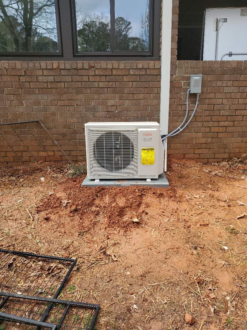 Smyrna, GA - Installed new Fujitsu mini split system