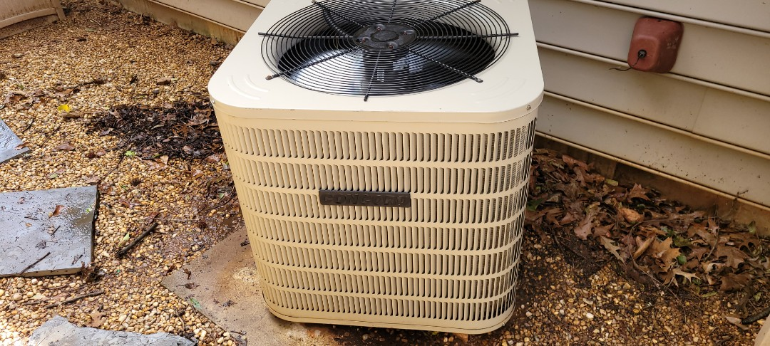 Kennesaw, GA - Performed AC Maintenance on a Concord Condensing unit. Kennesaw