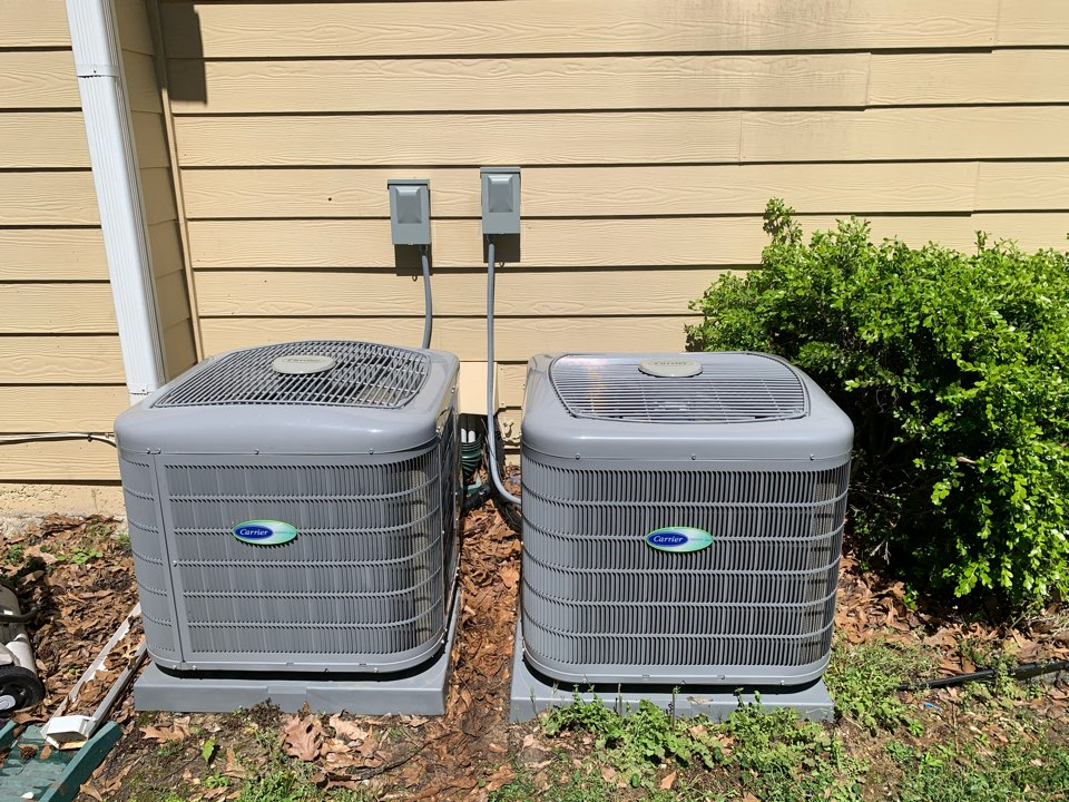 Mableton, GA - Perform AC maintenance on 2 Carrier systems