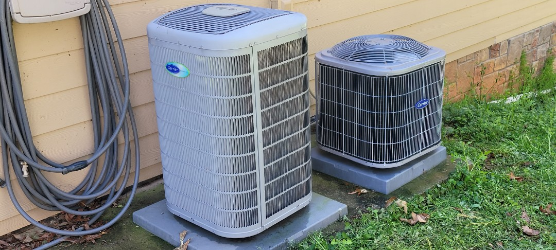Acworth, GA - Performed AC Maintenance on 3 High Efficiency Carrier Condensing Units.  Acworth