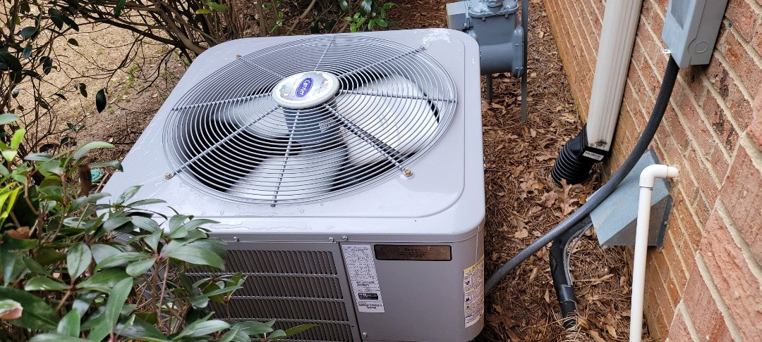 Mableton, GA - Performed AC  Maintenance on 2 Carrier Condensing Units.  Mableton