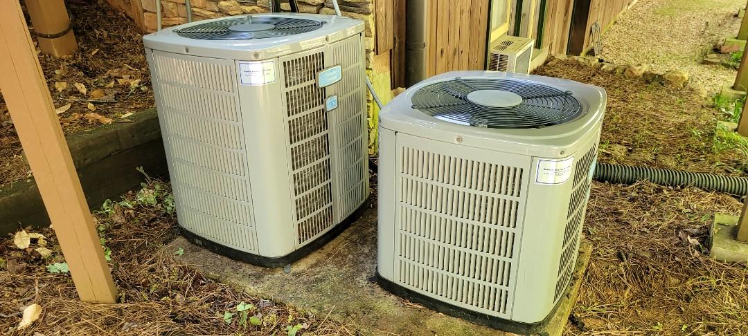 Kennesaw, GA - Performed AC Maintenance on 2 American Standard CU's. Acworth