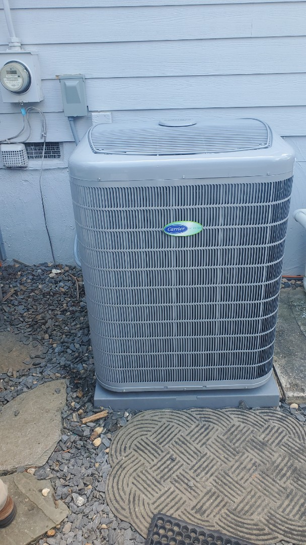 Smyrna, GA - Installed new Carrier Infinity 26 seer Greenspeed condenser with Carrier Infinity 2stage variable speed gas furnace and Infinity Mytouch WIFI Thermostat