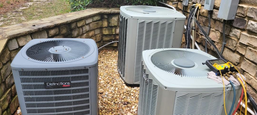 Powder Springs, GA - Performed AC Maintenance on 2 Trane and 1 Amana Condensing Units.  Powder Springs
