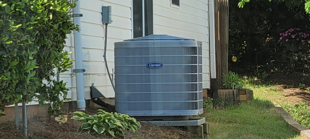 Kennesaw, GA - Performed AC Maintenance on a Carrier Condensing Unit.  Acworth