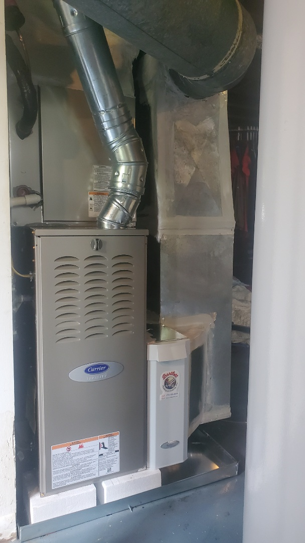 Smyrna, GA - Installed new Carrier Infinity 5 stage condenser with Infinity 2stage variable speed gas furnace Infinity Mytouch WIFI Thermostat and Aprilaire media filter