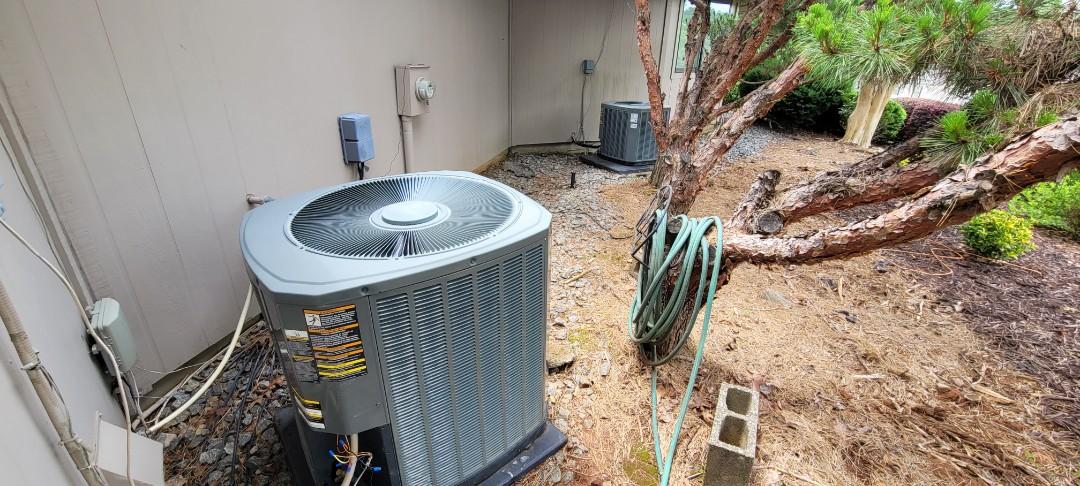 Marietta, GA - Performed AC Maintenance on 2 Trane Condensing Units. Marietta