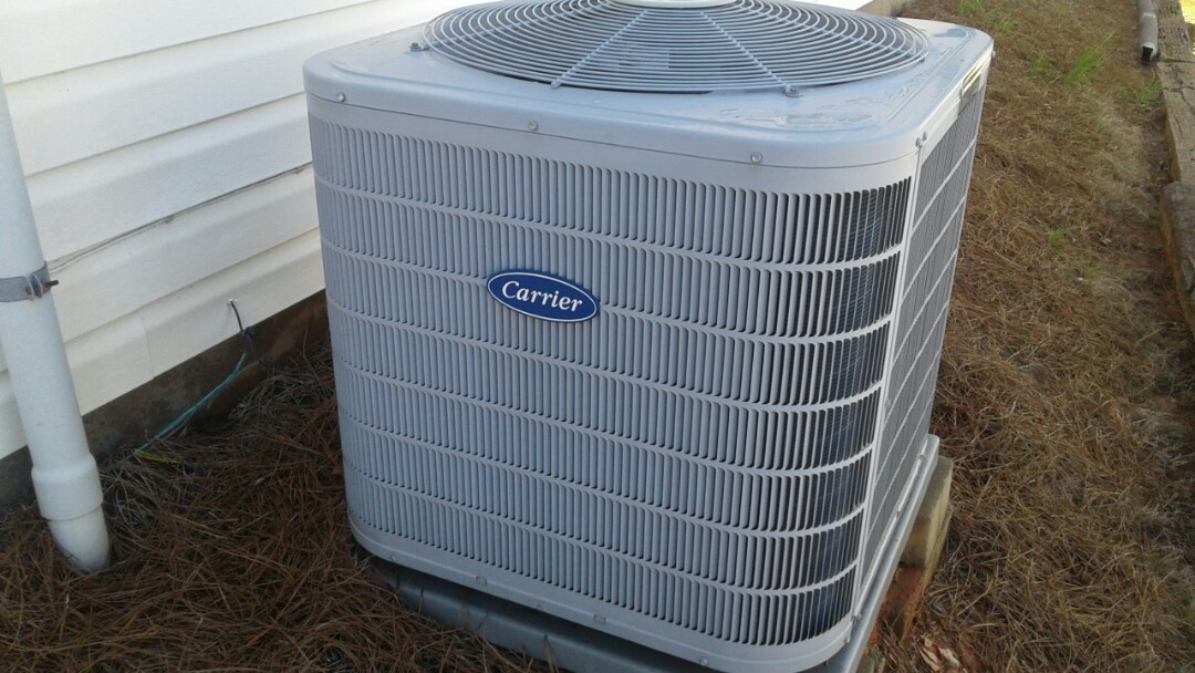 Kennesaw, GA - Performed AC Tune Up on a Carrier Condensing Unit.  Kennesaw