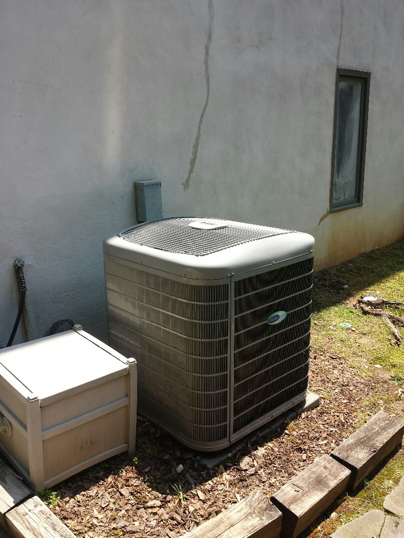 Sandy Springs, GA - Bi annual service agreement cooling maintenance on 1 Carrier air conditioner.