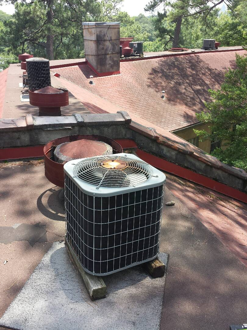Atlanta, GA - Cooling maintenence on 1 Carrier air conditioner.