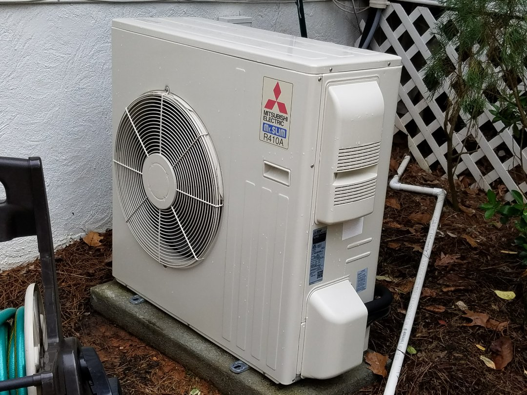 Acworth, GA - Performed A.C. Maintenance on a Carrier  Condensing unit and a Mitsubishi mimni split system. Acworth