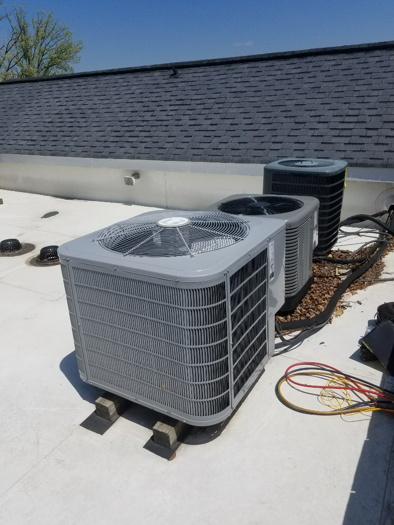 Smyrna, GA - Annual cooling service on 1 Carrier air conditioner on roof top.