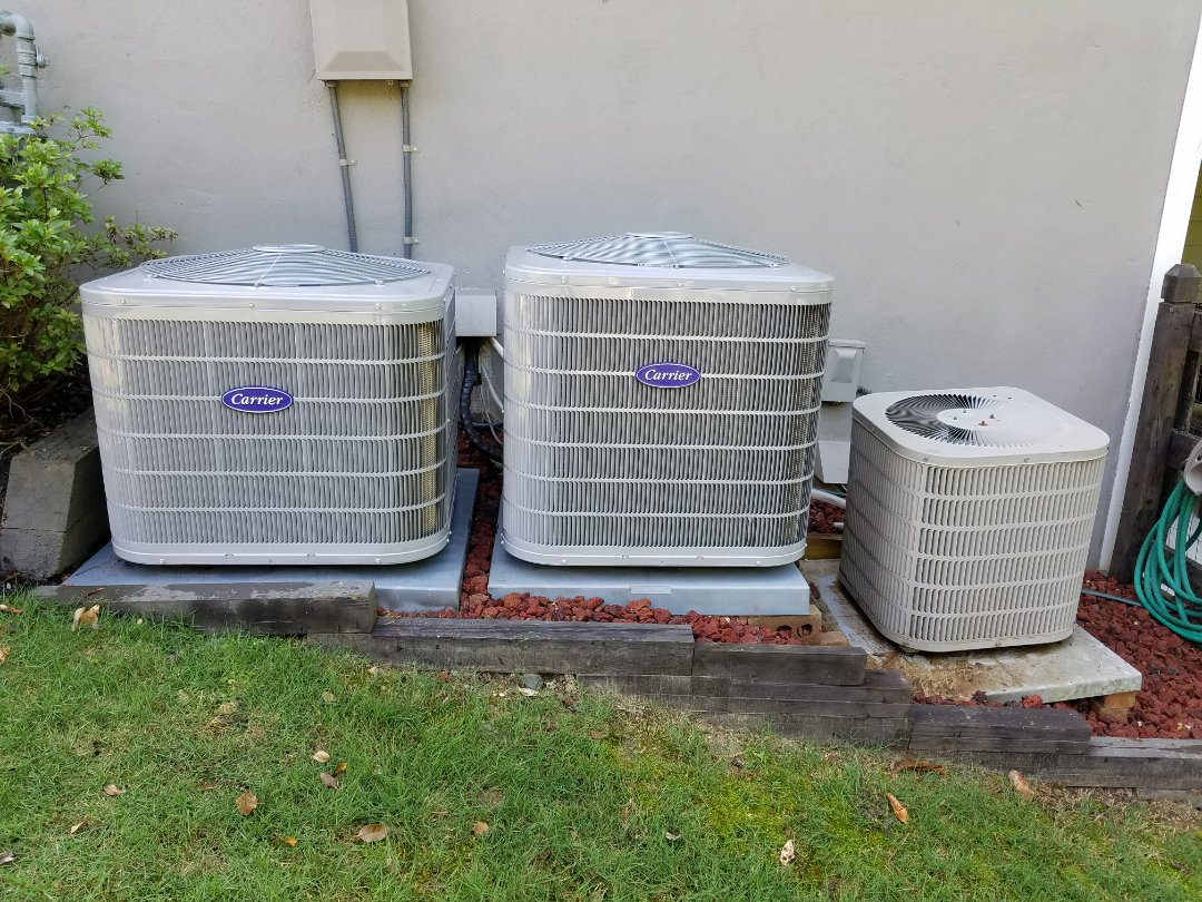 Acworth, GA - Performed A.C. Maintenance on 2 Carrier Condensing Units and a Goodman Condensing Unit. Acworth