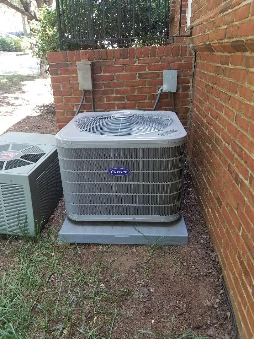 Atlanta, GA - Inspection on Carrier air conditioner.