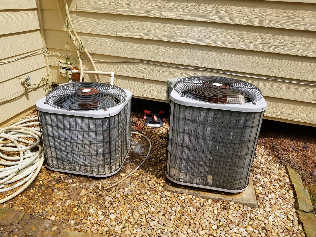 Acworth, GA - Performed AC Maintenance on 2 Carrier Condensing Units. Acworth