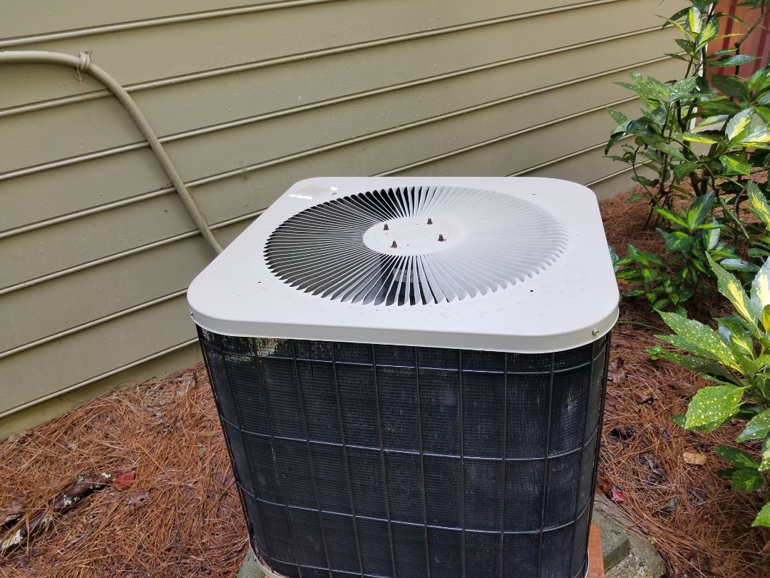 Acworth, GA - Performed AC Maintenance on a Lennox Condensing Unit. Acworth