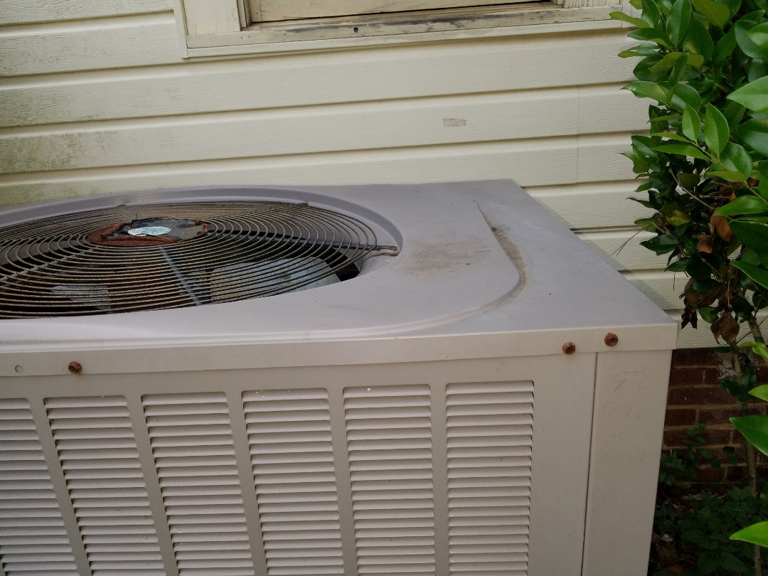 Kennesaw, GA - No cooling Main floor system. Check and found issue. Made repairs to restore cooling operation. Kennesaw