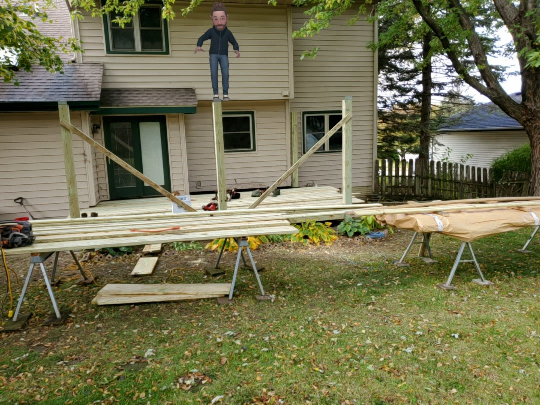 Clive, IA - Deck boards going on