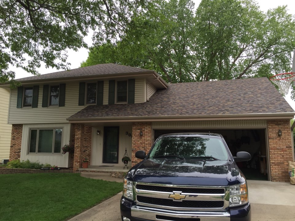 West Des Moines, IA - Installed new Owens Corning Duration Designer Series roof on this home