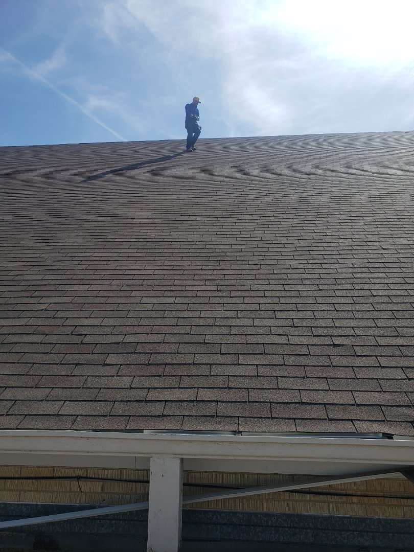 Dallas, TX - 3 tab roof . Commercial property. Wind damage. Shingles, gutters, drip edge,