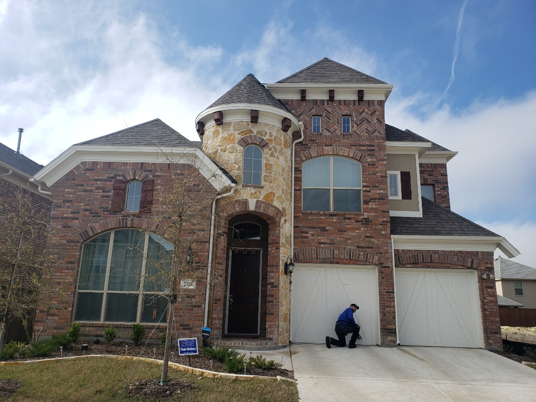 McKinney, TX - 30 yr weathered wood. Owen's Corning. Gaf. Hail damage. Wind damage.