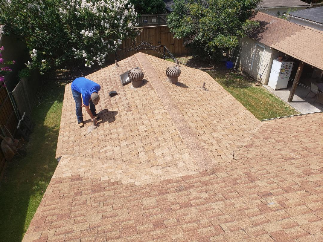 Frisco, TX - Gaf. Owen's Corning. Hail damage.