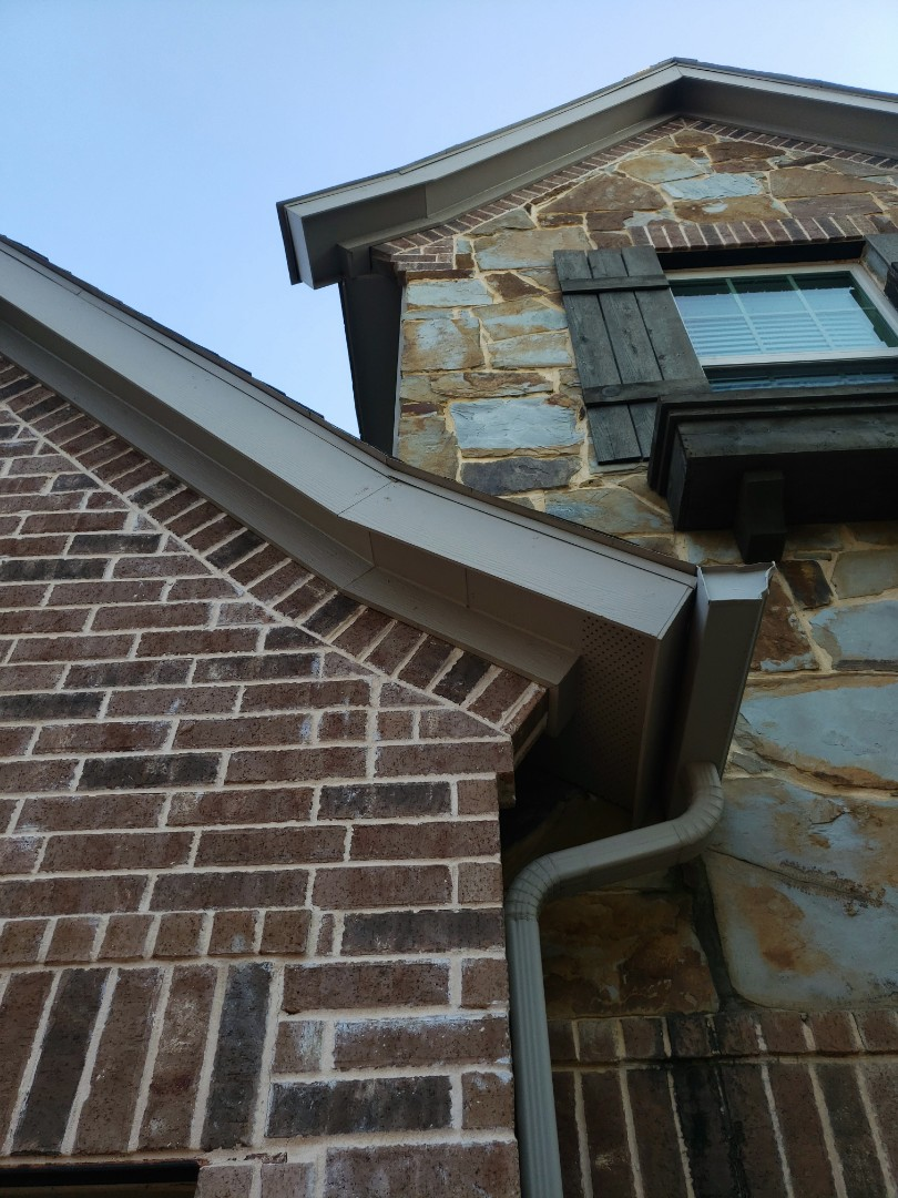 Frisco, TX - Hail damage. Leaking. Gaf , Owen's corning. Gutter replacement. Fence stain.