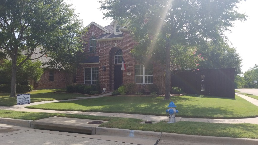 Frisco, TX - Complete roofing replacement- installed Landmark certainteed weathered wood 30 year shingle