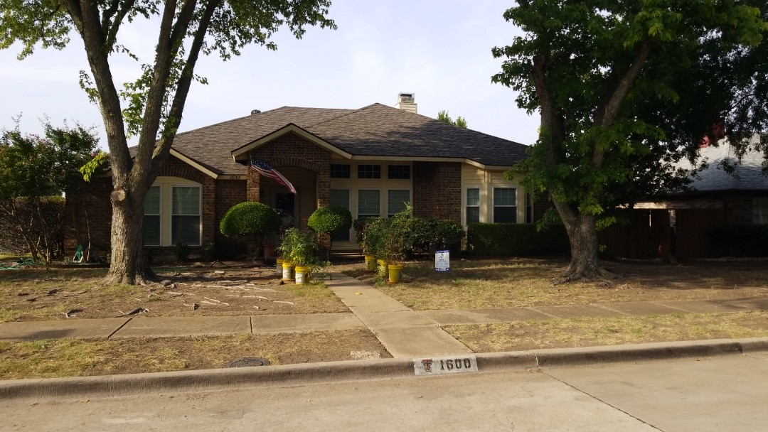 Plano, TX - Complete roofing replacement - Installed Landmark certainteed 30 year weathered wood shingle