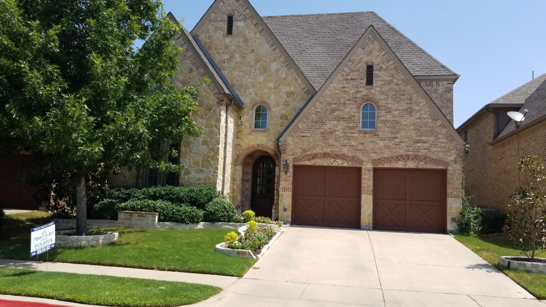 The Colony, TX - Complete roof replacement- Installed Landmark 30 year weathered wood shingle and gutter systems