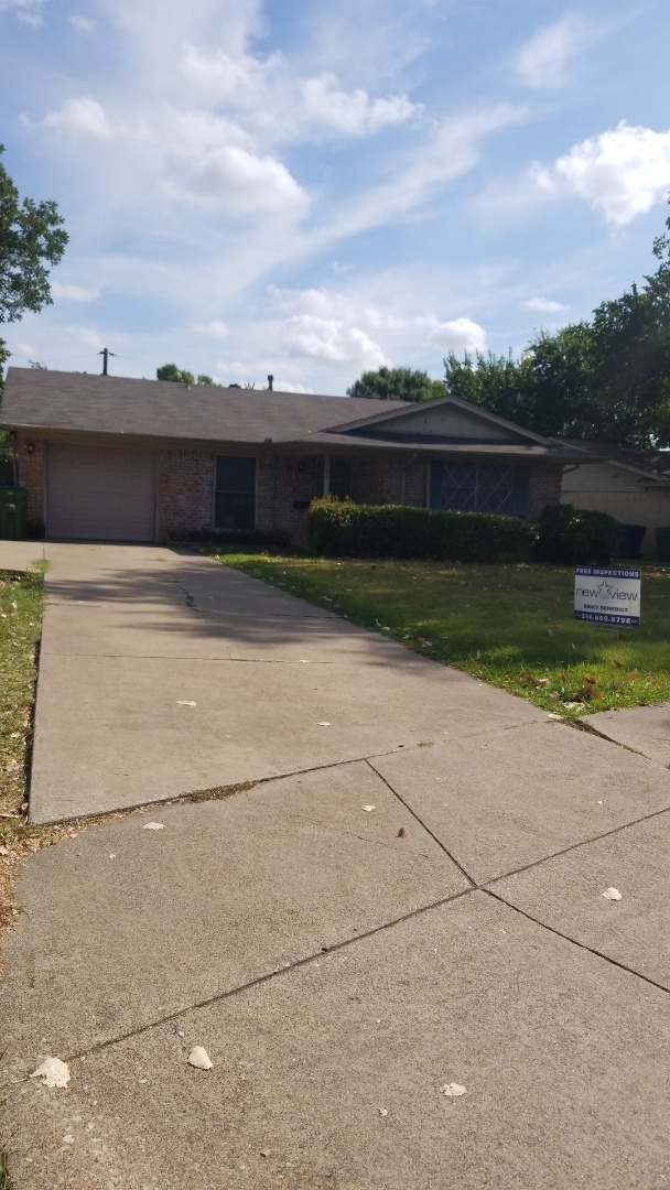 Garland, TX - Complete roof replacement - Installed Tamko 25 year estate grey.