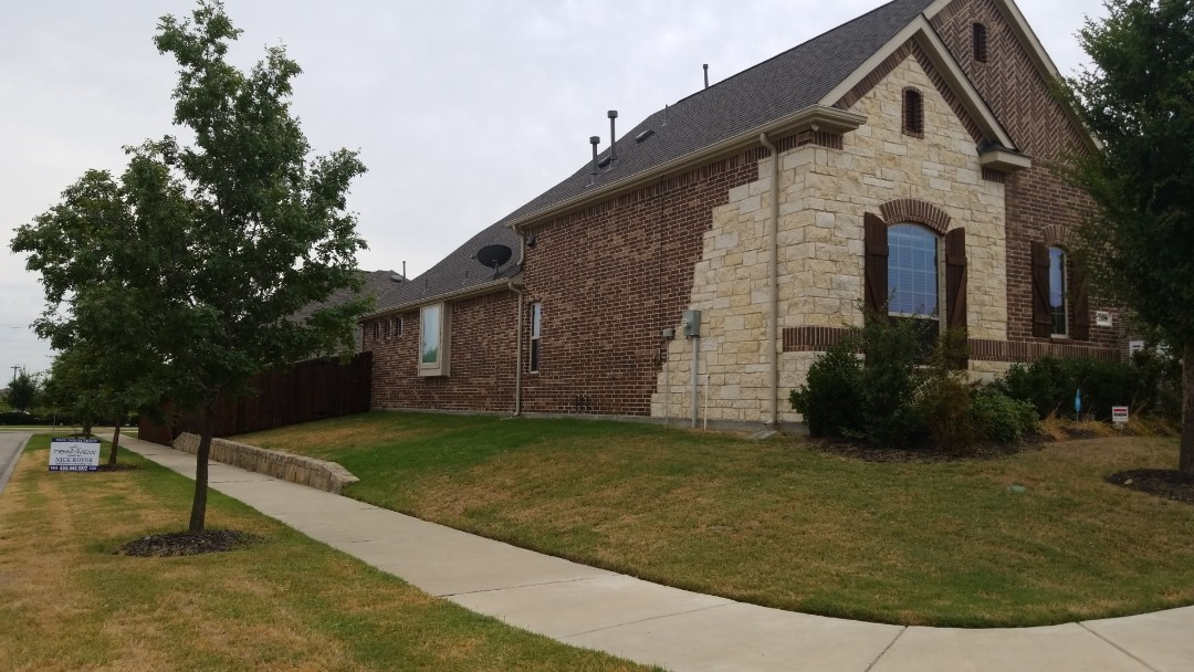 Frisco, TX - Complete roofing replacement- installed landmark 30 year warranted weather wood shingle