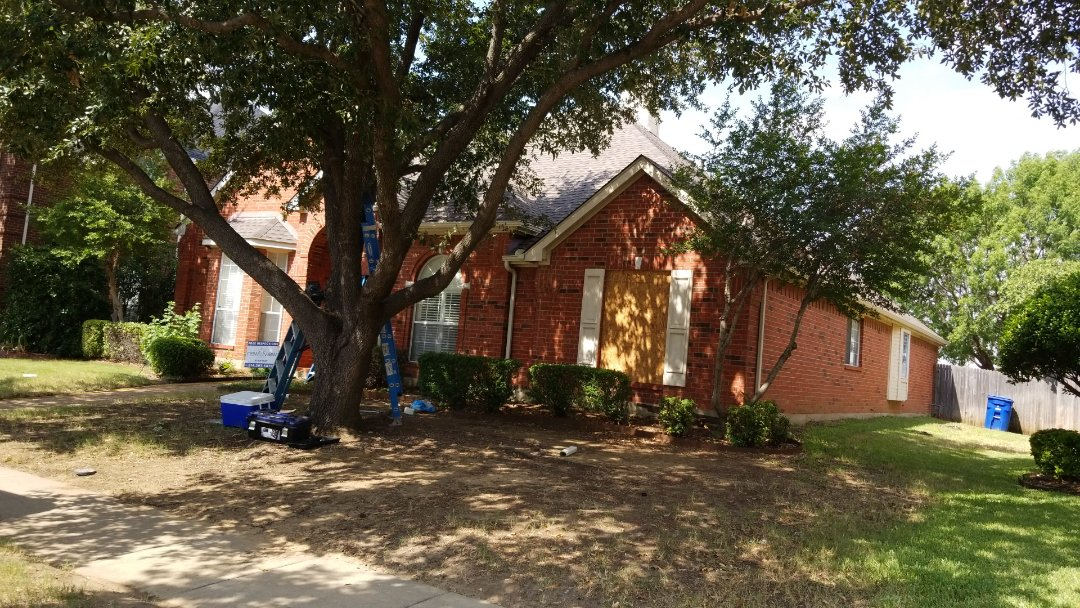 Carrollton, TX - Complete roof replacement- installed Owen's Corning driftwood 30 year shingle