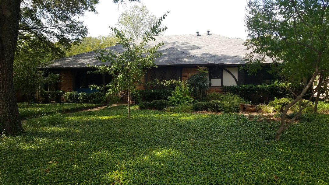 Grapevine, TX - Complete roofing replacement. Installed Owens Corning estate Gray 30 year shingles